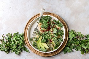 Quinoa salad with kale