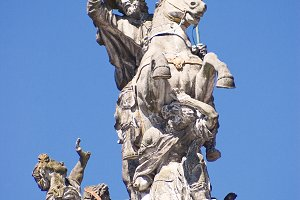 statue of St Jacques in Santiago