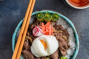 Gyudon japan cuisine beef and rice bowl top view
