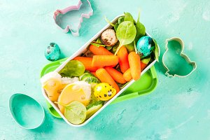 Creative kids Easter lunch box
