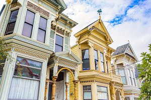 old fashioned victorian houses
