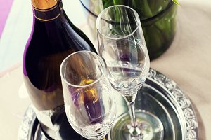 Champagne setting