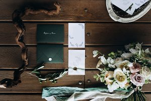 Pretty vintage wedding elements