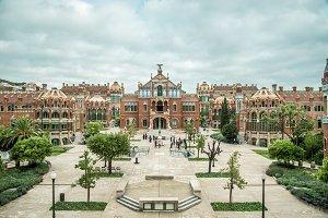 Symmetry in Barcelona