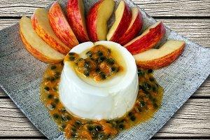 Passion fruit over the Yogurt