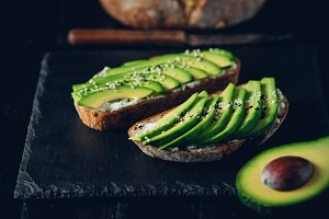 Avocado sandwich on dark rye bread m