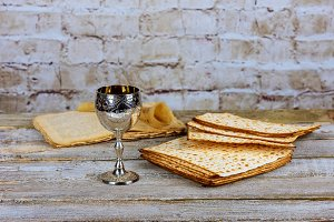 Pesah celebration Matzo for Passover