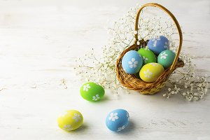Decorated Easter eggs in the basket.