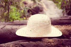 hat on nature vintage