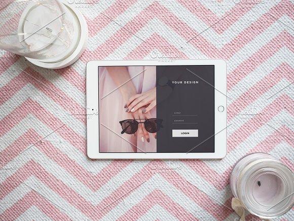 Download iPad Pro photo mockup #3