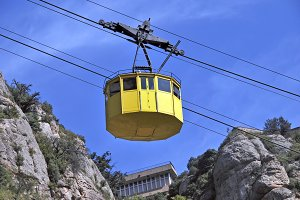 Yellow cablecar