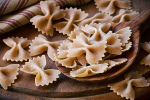 Wholegrain farfalle pasta