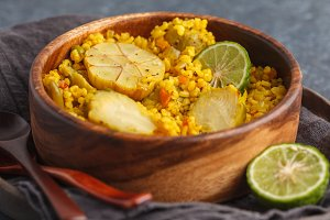 Curry bulgur with vegetables