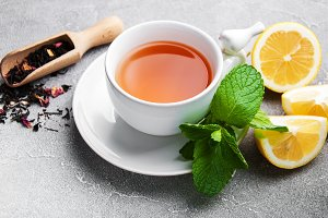 Black tea with  mint and lemon