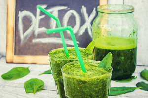 Detox green smoothie.