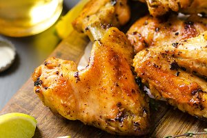Roasted chicken wings.