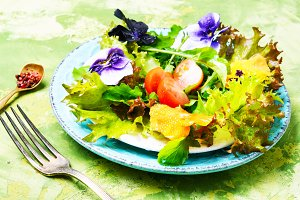 Spring flowers salad