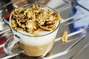 breakfast with cappuccino and cereal