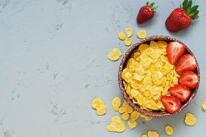 Corn flakes and Strawberry