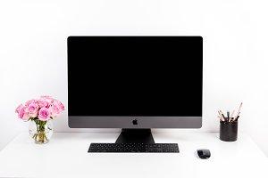 Imac mockup, computer desk photo