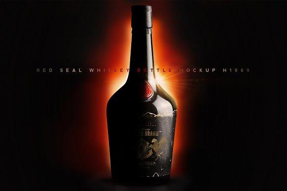 Red Seal Whiskey Bottle Mockup N1969