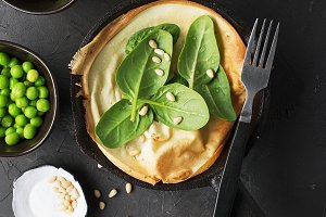 Dutch baby pancake for breakfast wit