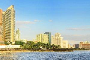 Metro Manila Bay at sunset