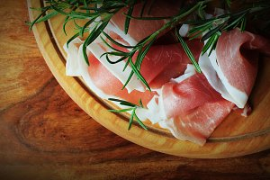 Italian prosciutto crudo or jamon wi