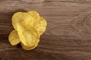 corrugated potato chips