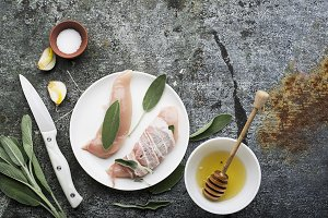 Chicken small breasts with sage leav