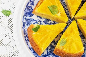Orange Upside Down Cake with vanilla