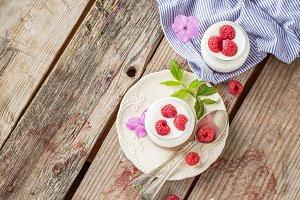 Natural yogurt with fresh raspberrie