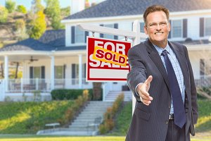 Agent, Hand Out, House & Sold Sign
