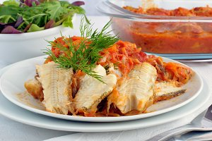 Baked fish in tomato sauce