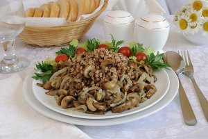 Buckwheat porridge with mushrooms