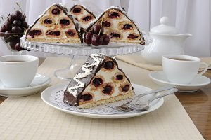 Cake with cherries