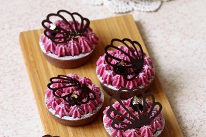 Chocolate Black Currant Mini Tarts