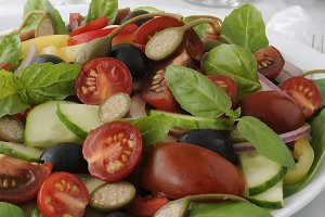 Salad of summer vegetables