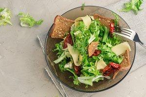 Frisee lettuce salad