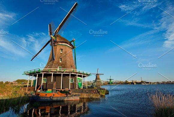 Windmills At Zaanse Schans In Holland On Sunset Zaandam Nether