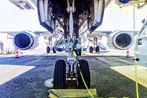 Fueling and final checking aircraft