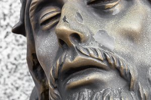 Bronze statue of the face of jesus