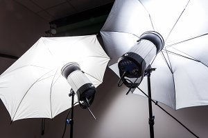 Studio light for photography
