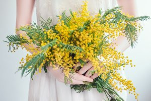 Bouquet of bright, yellow flowers