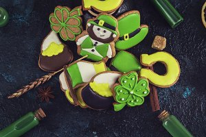 Gingerbreads cookies for Patrick's day