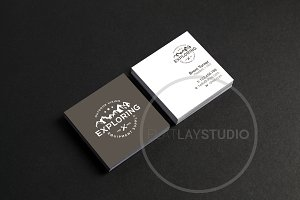 SQUARE BUSINESS CARD MOCKUP #122