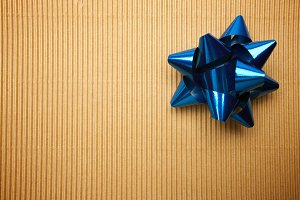 Corrugated Gift Box with Blur Ribbon