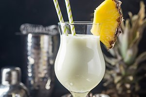 Frozen Pina Colada Cocktail