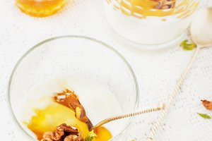 Yogurt with honey and nuts