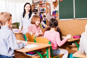 Teacher starts the lesson